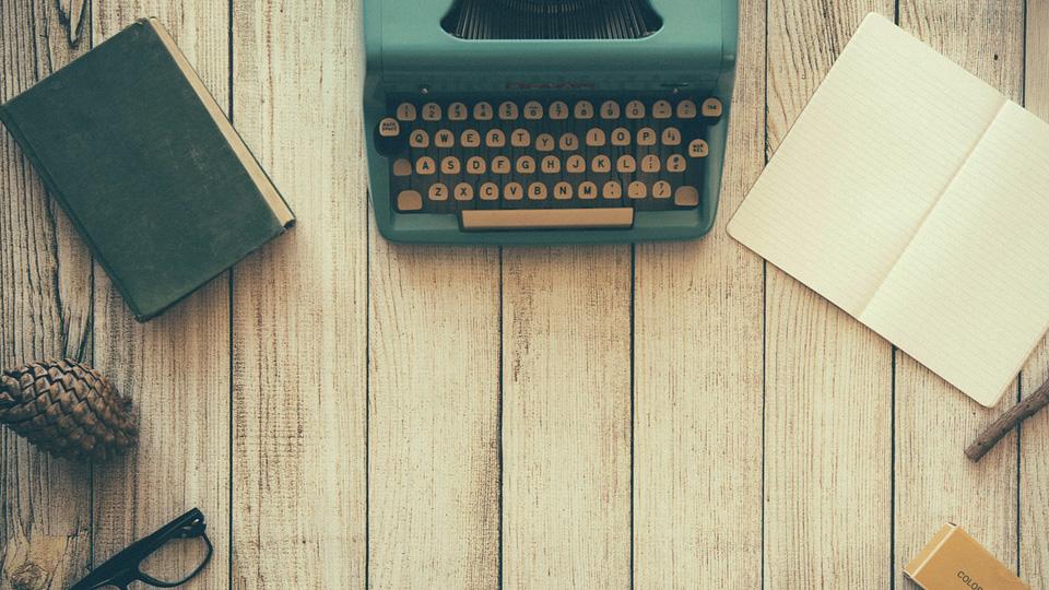 Quero escrever um livro máquina de escrever