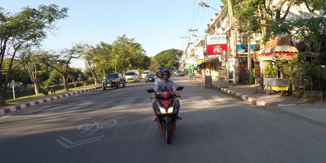 tailândia aluguel moto
